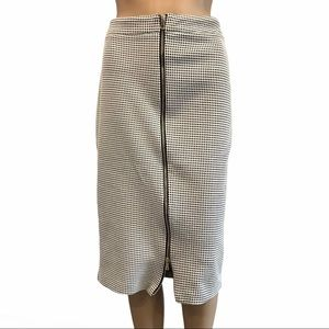 River Island back & white pattern skirt size 14